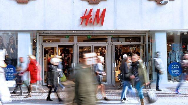 Tồn kho tăng cao, lợi nhuận hãng thời trang H&M thấp kỷ lục trong hơn một thập kỷ