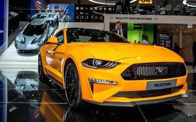 Alibaba và Ford trình làng máy bán xe hơi tự động ở Trung Quốc