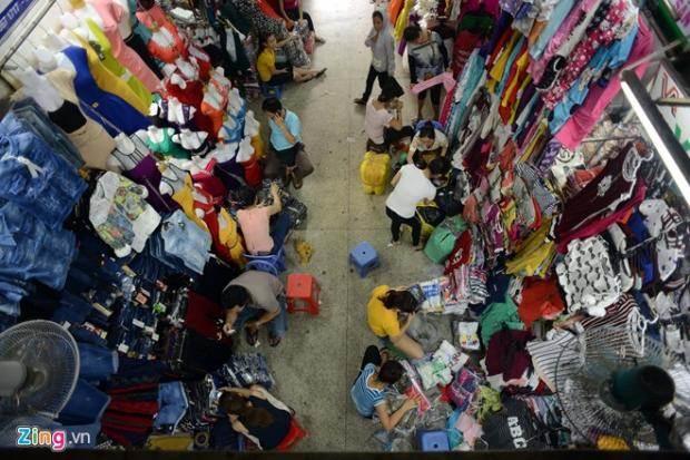 Bí kíp khai thác nguồn hàng quần áo cho các shop online