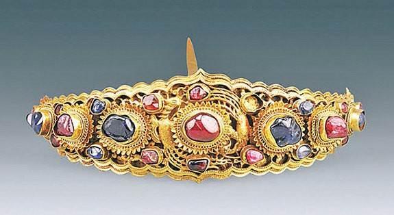 Hàng loạt trang sức tinh xảo trong mộ cổ thời Minh